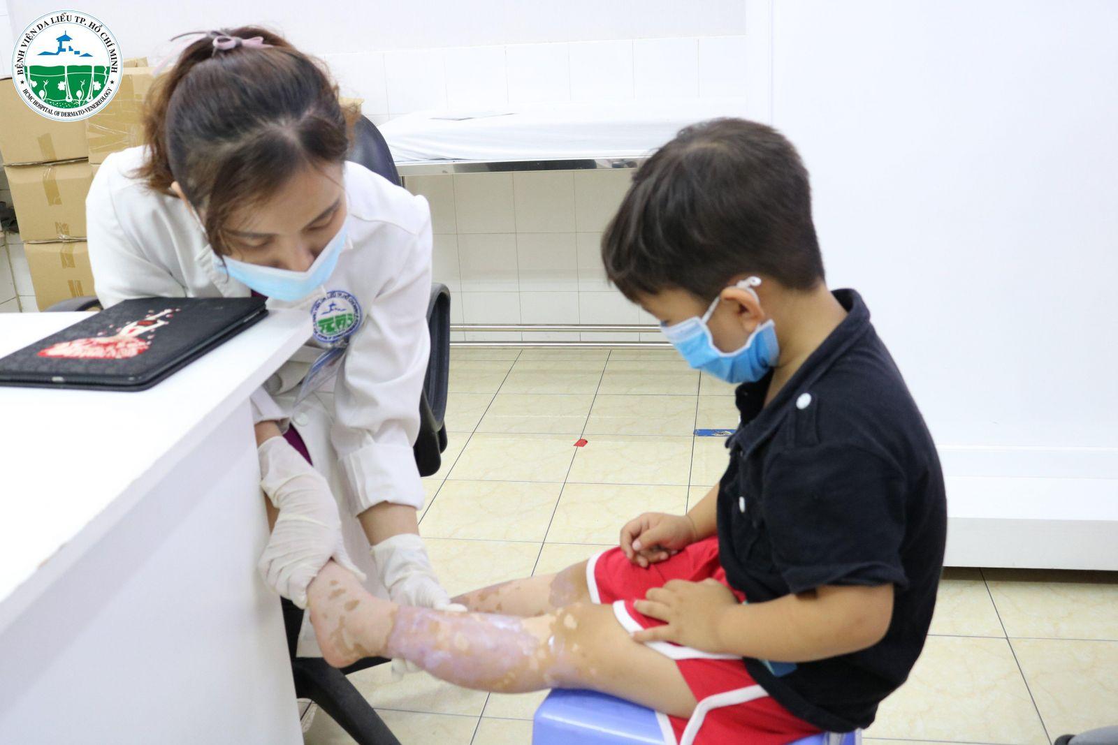 bệnh viện da liễu tổ chức chích ngừa cúm